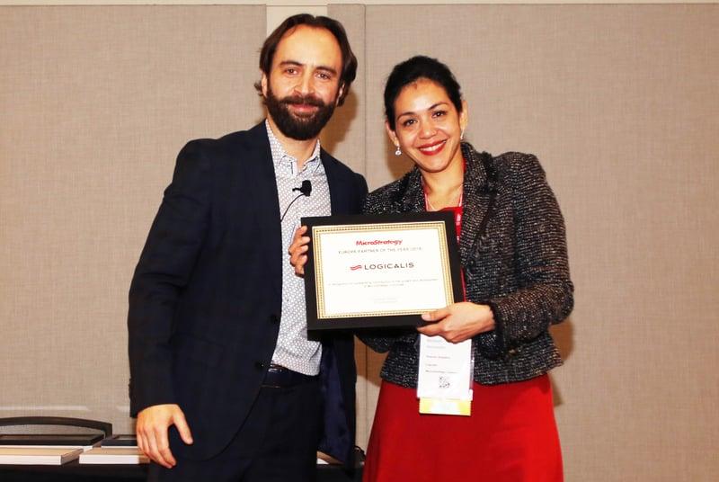 Microstrategy-award